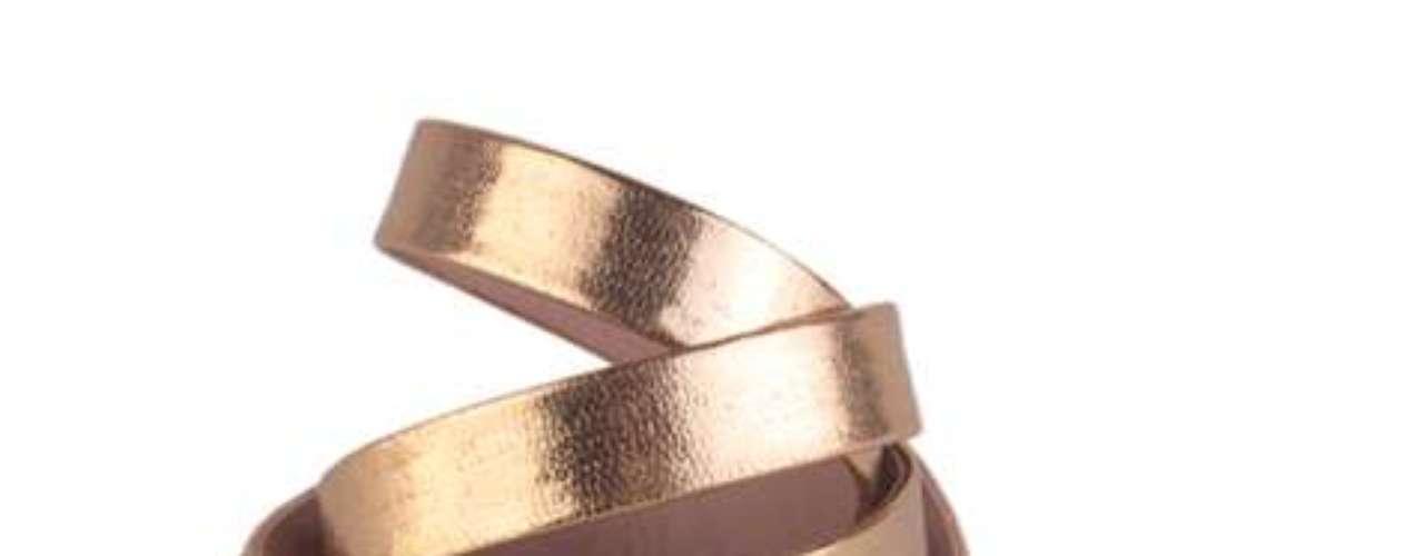 Cinto metalizado Sawary, R$ 40, Tel. 11 2799-9999