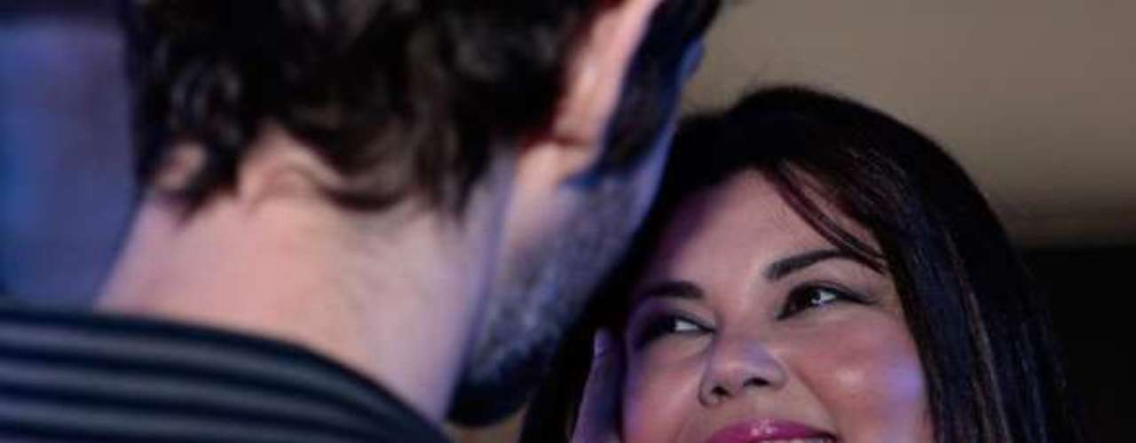 Pérsefone (Fabiana Karla) não se cansa de procurar o príncipe encantado que vai tirar sua virgindade. Dessa vez, ela conhece um gato em uma festa e acredita que tudo vai dar certo. O homem coloca um pó na bebida da enfermeira e a deixa dopada. Depois, ela ainda é roubada