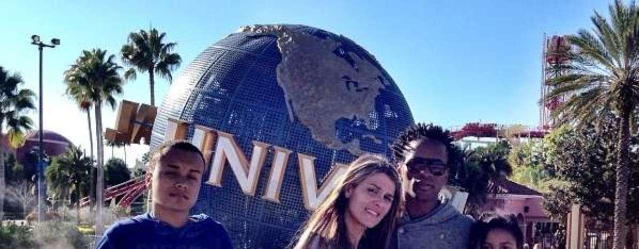 Zé Roberto vai à Flórida com a família