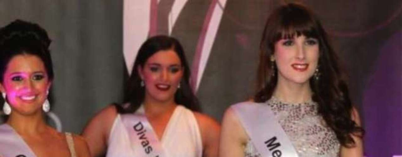 Aspirante à modelo, Jackie foi finalista no concurso de Miss Inglaterra. Atualmente, aos 19 anos, é hostess na loja Burberry em Bond Street
