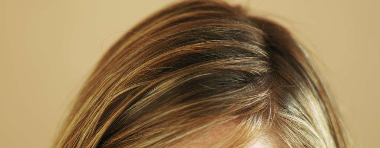 Dores de cabeça: a adrenalina e o cortisol podem causar alterações vasculares que deixam você com dor de cabeça e enxaqueca. O estresse também deixa os músculos tensos, o que pode piorar ainda mais essas dores