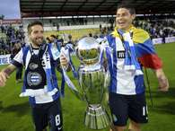 Moutinho y Rodrguez, celebrando la liga del Oporto Foto: Getty Images