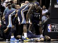 Tony Allen's acting abilities failed him after receiving a hard foul from Ginobili. Photo: Getty Images
