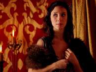Sibel Kekilli da vida a la prostituta Shae en 'Game of Thrones'. Foto: HBO