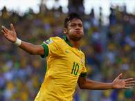 Neymar of Brazil celebrates scoring the opening goal during the FIFA Confederations Cup Brazil 2013 Group A match between Brazil and Mexico at Castelao on June 19, 2013 in Fortaleza, Brazil. Foto: Getty Images