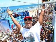 Com hit de 2014, Psirico encerra Arrastão em Salvador. Foto: Sandro Honorato/AgFPontes