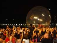 """Sorocaba entrou em uma bolha de ar e """"flutuou"""" sobre o público Foto: André Cunha / vc repórter"""