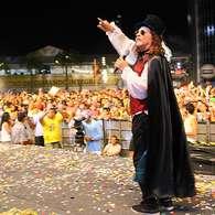 vc repórter: Alceu Valença anima público do Marco Zero, no Recife. Foto: Eduardo Andreassi