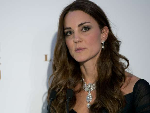 "Kate disse estar ""encantada"" de poder apoiar a National Portrait Gallery, em Londres Foto: AP"