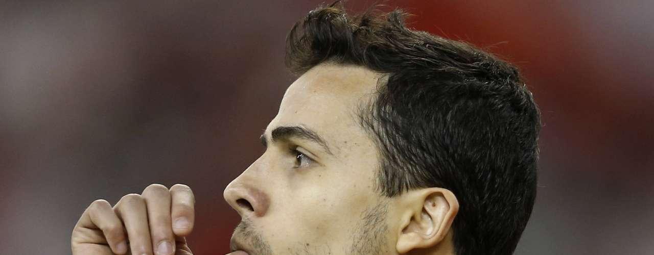 Nilmar (Al-Rayyan) Jogador sempre citado para reforçar grandes equipes, o atacante Nilmar pode ser opção para o São Paulo, que está insatisfeito com Luís Fabiano.