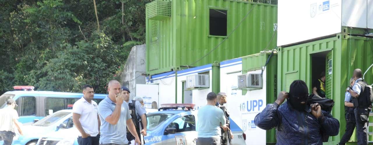 2 de setembro - Reconstituição do desaparecimento do ajudante de pedreiro Amarildo de Souza terminou na manhã desta segunda-feira na Favela da Rocinha, zona sul do Rio