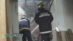 Casa pega fogo e incêndio pode ter sido criminoso Video: