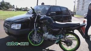 Motociclista voa sobre capô de carro em acidente no bairro Coqueiral Video: