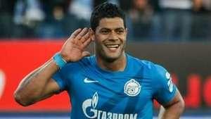 Hulk brilha no Zenit e marca gol a 179 km/h pelo Russo Video: