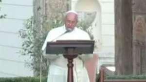 Papa Francisco recebe padre da única igreja católica de Gaza Video: