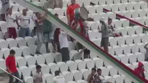 Torcedores do Flu são flagrados pulando nas cadeiras da Arena Corinthians Video: