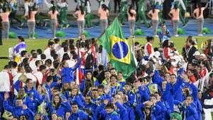 Primeiros atletas brasileiros chegam a Lima no sábado ...