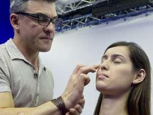 A base é o personagem principal na preparação da pele Foto: Marcelo Pereira / Terra