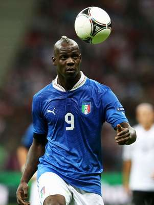 Mario Balotelli is on the minds of Spain defenders as Italy tries to derrail the defending European champions in Sunday's final. Balotelli scored both goals in Italy's 2-1 win over Germany in the semifinals. Foto: AP in English