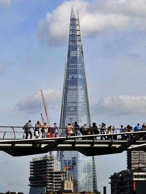 Con sus 310 de metros han convertido al Shard, en el edificio ms alto de la Unin Europea. Foto: EFE en espaol
