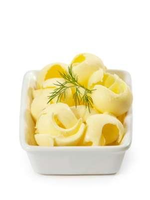 A a maioria acredita que a margarina é uma opção mais saudável do que a manteiga Foto: Getty Images