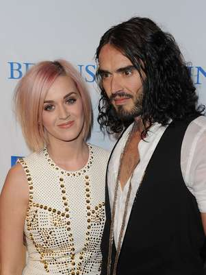 Katy Perry felicita a Russell Brand Foto: Getty Images