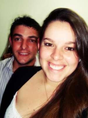 Jéssica de Lima Röhl e o namoradoAdriano Stefanel morreram após acidente em rodovia de Toledo, no Paraná Foto: Facebook / Reprodução