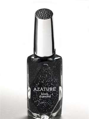 A bottle of nail polish by Azature, containing small, full cut diamonds, is shown in this handout photo released by Azature to Reuters February 17, 2013. Hollywood stars wanting to look their best for the 85th Academy Awards, Tinseltown's biggest night of the year, are being offered beauty treatments ranging from the lavish to plain loony such as $250,000 black diamond nail varnish and bird excrement facials. Los Angeles' luxury jewelry designer Azature Pogosian, who goes by the single name Azature, has created a black nail polish containing small, full cut diamonds that he said &quot;add a three dimensional sparkle&quot; when applied on the nail. Foto: Azature / Reuters