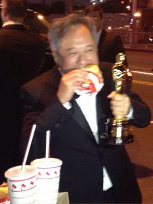 Ang Lee comeu um sanduíche após a festa Foto: Instagram / Reprodução