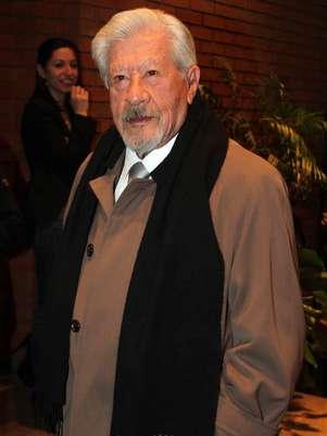 El primer actor Ignacio López Tarso recibió un homenaje por su trayectoria y Actuación del Año por la obra 'El Cartero'. Foto: Notimex