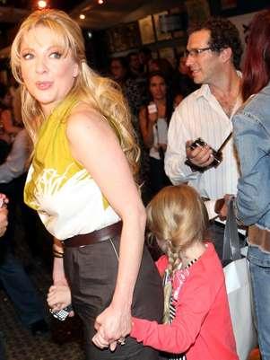 2013-03-31. [ NOTA ] Varios famosos quieren a sus hijos lejos del espectáculo Edithgonzalezreforma