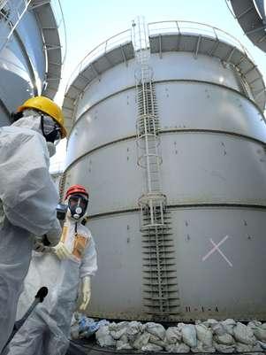 Destruição prossegue: Vazamento de 1,8 tonelada de água contaminada é detectada em Fukushima