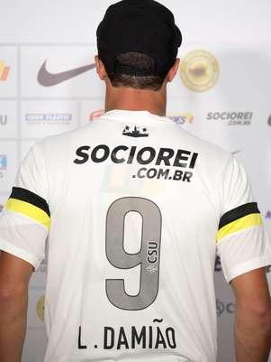 Damião, mais uma vez, não estreará pelo Santos Foto: Ricardo Saibun / Gazeta Press