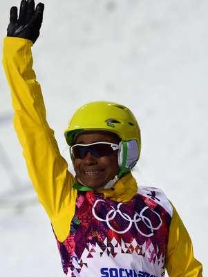 Josi Santos se emocionou com exibição e foi muito aplaudida pelo público em Sochi Foto: AFP