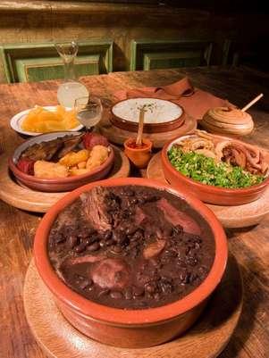 O chef Zé Mário, do Restaurante Bolinha, dá dicas preciosas para uma feijoada deliciosa Foto: Divulgação