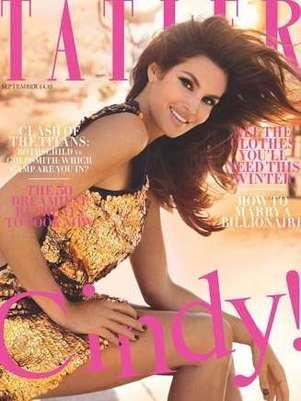Cindy é capa da revista 'Tatler' de setembro Foto: Reprodução