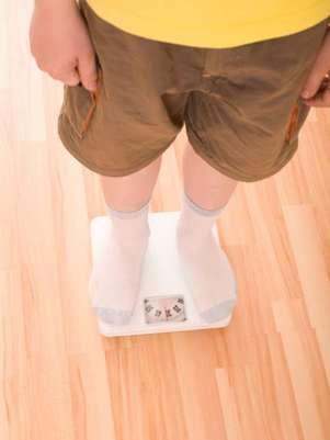 A pesquisa supõe que a obesidade infantil esteja relacionada aos altos índices de bisfenol nas embalgens dos alimentos consumidos pelas crianças Foto: Getty Images
