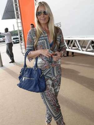 Adriane Galisteu durante o lançamento de sua nova linha de bolsas Foto: AgNews