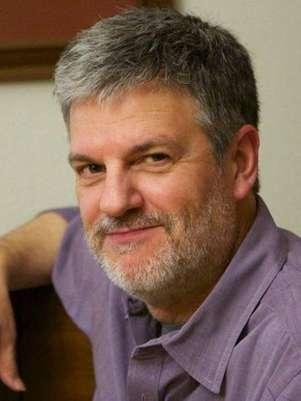 Henri Lamiraux trabalhou na Apple por 23 anos e está na equipe do iOS desde 2005 Foto: LinkedIn / Reprodução