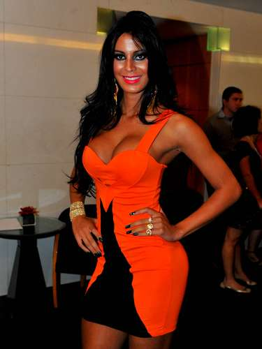 Lorena Bueri na final do Miss Bumbum 2012