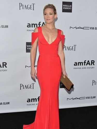 Desde que reconquistou a boa forma depois da segunda gravidez, a atriz Kate Hudson tem investido em looks que enfatizam suas formas enxutas, o que lhe rendeu lugar em lista das mais bem vestida de 2012