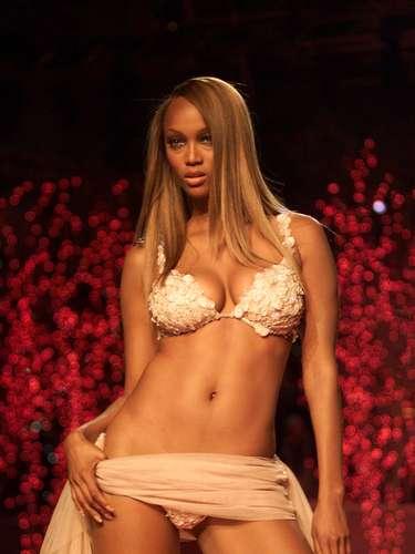 40ª: Tyra Banks - modelo, ex-namorada do ex-jogador de basquete Chris Webber