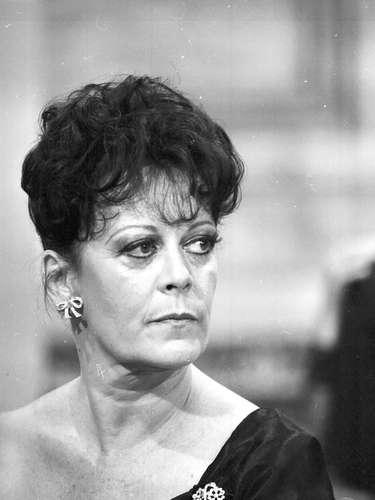 A atriz em 'Plumas e Paetês'
