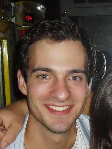 Ângelo Nicoloso Aita era natural de Alegrete e morava em Santa Maria, onde estudava na Universidade Federal de Santa Maria (UFSM)
