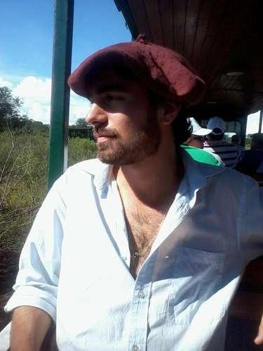 Leonardo Lemos Karsburg erade Uruguaiana, estudante de Agronomia na Universidade Federal de Santa Maria