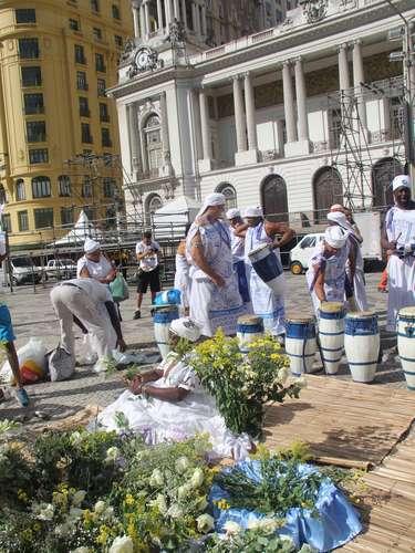 Os devotos de Iemanjá homenagearam aRainha do Mar em comemoração realizada no centro do Rio
