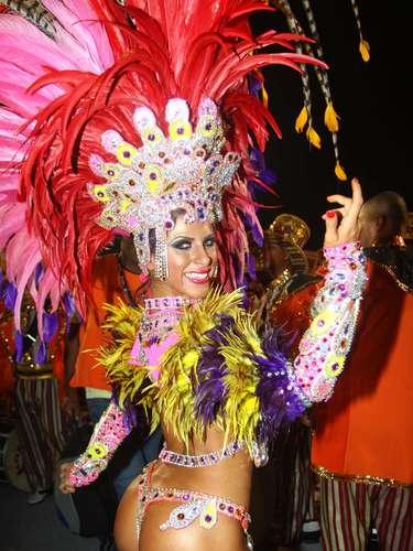 Modelo Ana Paula Minerato foi um do destaques da Gaviões da Fiel