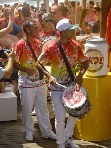 O samba embalou a festa