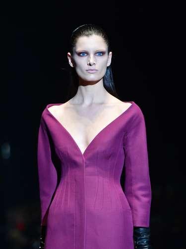 As luvas de couro sugiram para completar alguns looks da coleção outono-inverno da Gucci