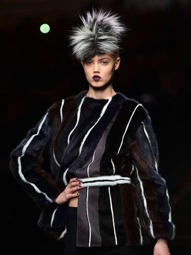AFendi apresentou sua coleção de outono-inverno nesta quinta-feira (21), segundo dia de desfiles na semana de moda de Milão